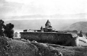 Armenian_monastery_of_s_apostles_in_moush